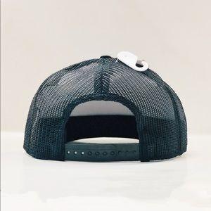 Marvel Accessories - Men's captain America trucker hat